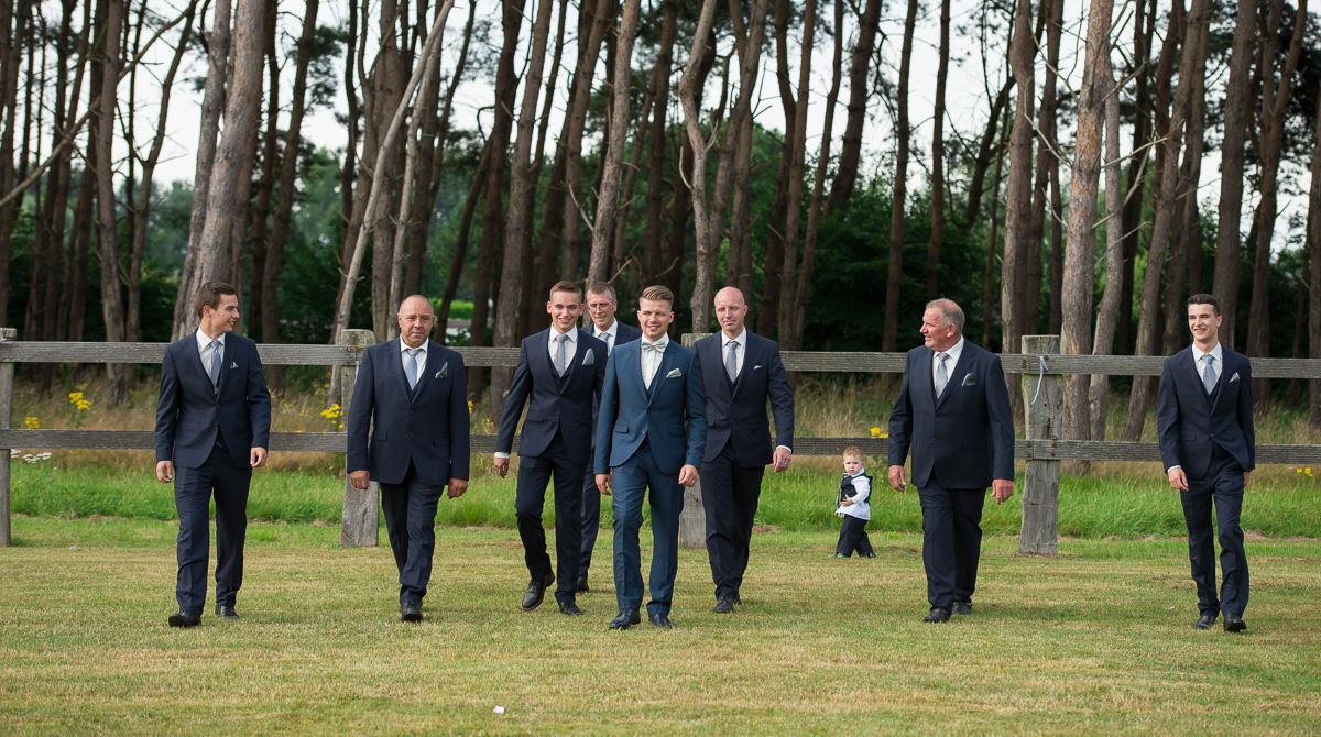 huwelijksfotograaf trouwfotograaf bruidsfotografie van bart en maureen in Zuiddorpe Nederland Zelzate